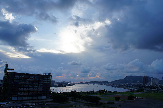 高雄港的落日